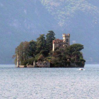 Wyspa Loreto na jeziorze Iseo